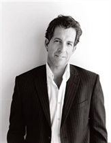 Kenneth Cole To Receive Humanitarian Designer Award at Islands of the World Fashion Week